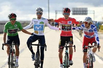 Ciclistas durante la Vuelta a España