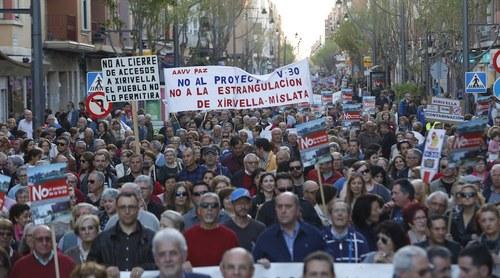 Manifestación en contra del paso inferior de la V 30