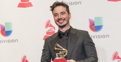 J Balvin gana Latin Grammy
