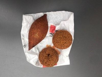 Kibbe y falafel