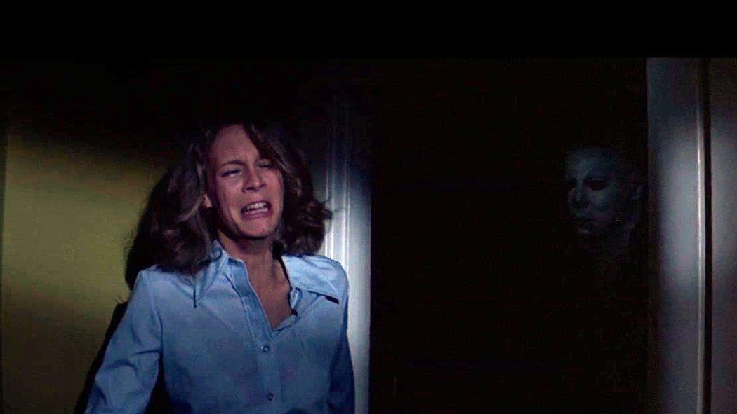 Jamie Lee Curtis y Nick Castle en una de las escenas de la película